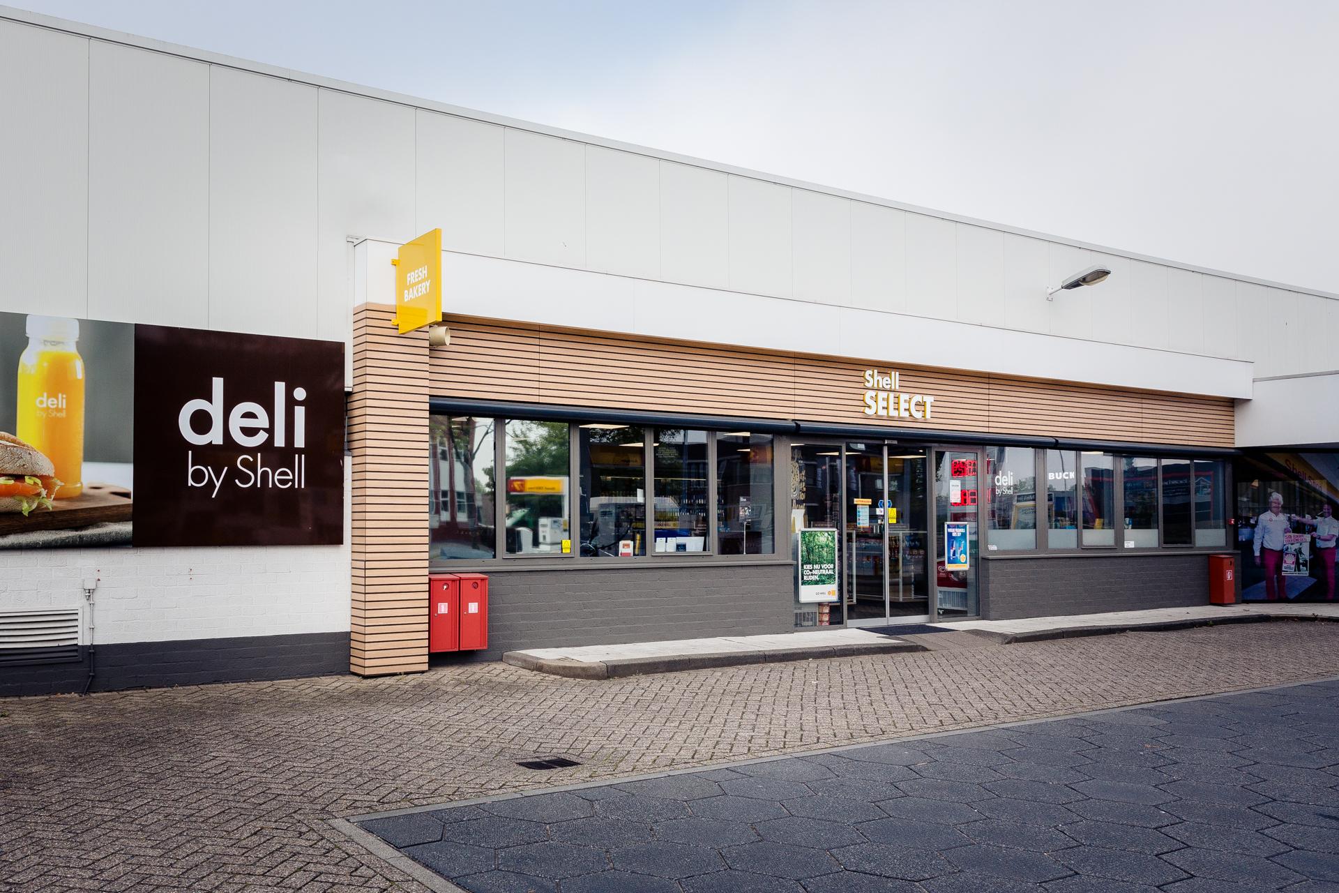 Tankstation Shell shop 2