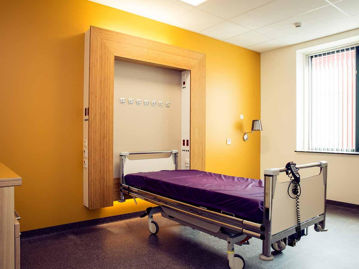 zorginterieur VieCuri ziekenhuis bedombouw 2